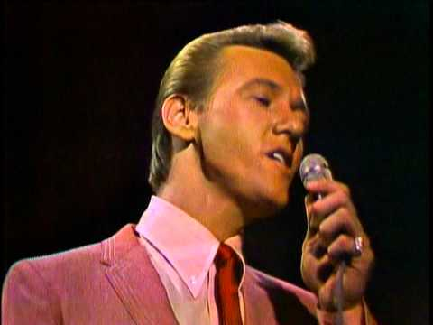 Righteous Brothers - Unchained Melody [Live - Best Quality] (1965) Video Clip