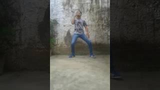 Mc Roginho-Ela Joga O Bumbum-Música Nova 2016 FT.Luccas Dias