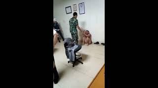 TNI Tangkap Begal !!! DICAMBUK....