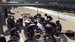 F1™ 2015_Carlos Sainz BOX