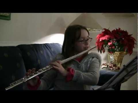 Elisa tocando flauta para Vovo, Voito e Tia Nane