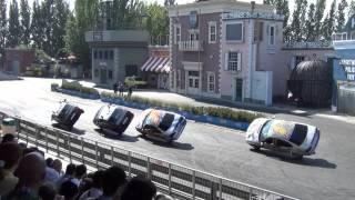 Car stunt show, Italy 2013 2/3  - Классные трюки на мотоциклах.