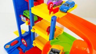 Pororo the Little Penguin बच्चों के लिए रंगीन खिलौना कारें वीडियो!