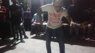awsome dance at Judge showcase || shubham dhondiyal (Dondi) || mohan yadav (Popbin mode)|| popping||