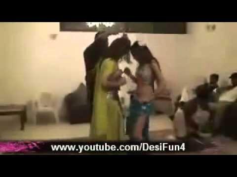 pakistani girls and men's sexy dance private vip mujra 2012