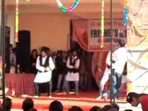 Bhangra Dance In Gcet Jammu On Freshers Party.