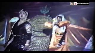 SAPERA MERE PEECHAY PE GAYA - NOOR JEHAN - ANJUMAN - PAKISTANI FILM LUTERA