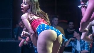 Anitta dançando Funk  - Desafio do Combate