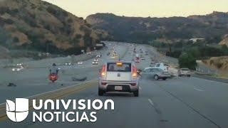 Buscan a conductor prófugo que desencadenó aparatoso accidente vehicular en California