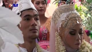 Sungkeman Pernikahan Titin Nurhayati Dengan Samsul Ma'ruf