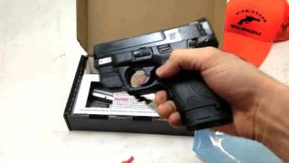 Smith & Wesson M&P Shield 9mm green CT laser | What's in the Box?