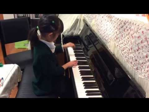 Vivian Shu (6 years) plays Duet for One by C.Norton