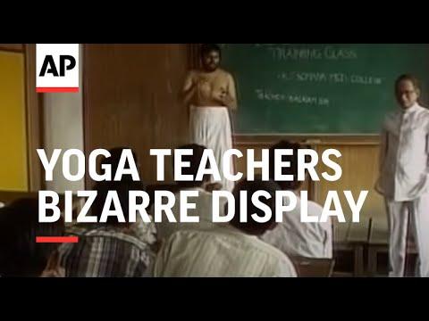 India: Mumbai: Yoga Teachers Bizarre Display - 2000