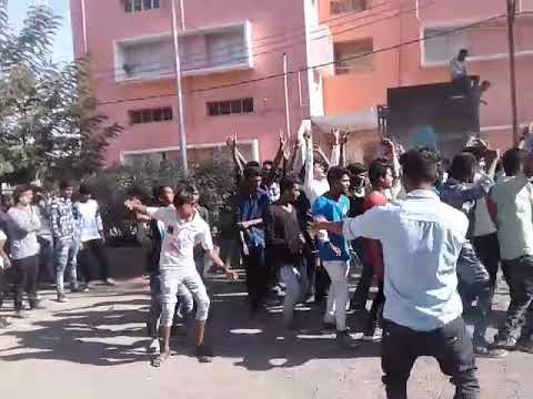 Xxx Mp4 Dahod Rocks Lal Gadi Full Masti 3gp Sex