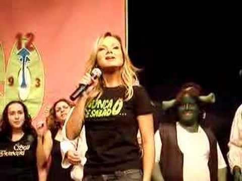 Eliana canta VAI TOMAR NO CU