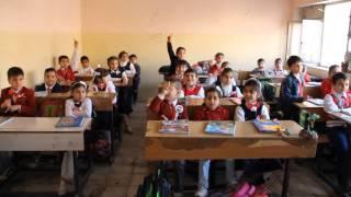 طرق التدريس في مدرسة بلاد العرب الابتدائية