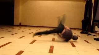 B - BOY MIHAL' ( Power Move )
