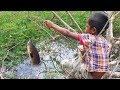 Amazing Smart Boy Goes Fishing To Survive By Himself How To Fishing With Free Line Fishing
