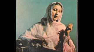 Ghazal...''Faasle Aise Badhenge.....'' sung by Savita Saathi