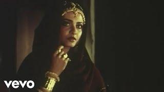 Saanj Dhale Gagan Tale Hum Kitane Ekaki - Utsav | Shekhar Suman | Rekha | Suresh Wadkar