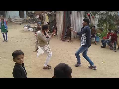 Xxx Mp4 Haryanvi Dance इस लड़की ने किया गाओ वालो के सामने जमके डांस 2018 New Haryanvi Dance 3gp Sex