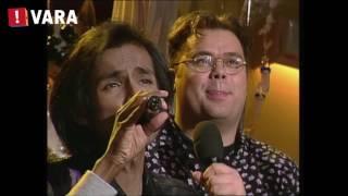 Rene Klijn zingt Mr. Blue - Paul de Leeuw