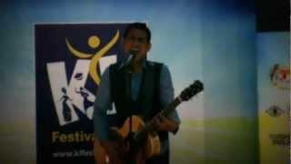 Salam Terakhir - Azlan & The Typewriter Konsert Dir...Tribute to Sudirman 2012