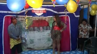 Cabaret Taman-hiburan how to get a date in surinam