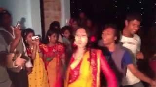 Bangladeshi Girl Dance - What a Bangla Dance Performance !!!