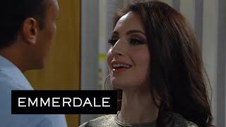 Leyla Tries To Seduce Jai In The Factory Office - Emmerdale