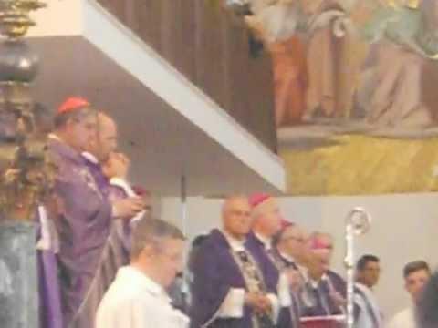 Diocesi di Capua: Cav. De Lisa,canti religiosi in suffragio di Mons. Bruno Schettino (23-09-2012)