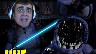 ANIMATRONICS E SABRES-DE-LUZ - Five Nights at Freddy's 2