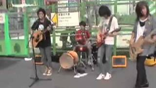 2009.08.01 Shinjuku Station Street Live - CNBLUE - Now or Never