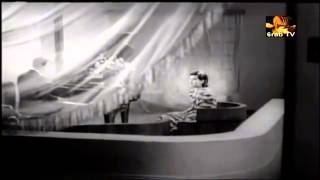 اغنية الصبا والجمال لمحمد عبد الوهاب
