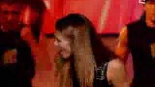 2003-02-12 - Lorie - A 20 Ans (Live @ TOTP-FR)