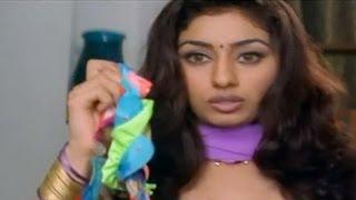 Bikini as gift for Pooja - Nayee Padosan