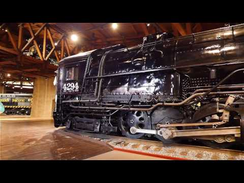 Southern Pacific 4294 Cab Forward Steam Locomotive