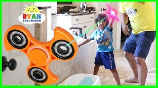GIANT FIDGET SPINNER MAGICAL PAINTBRUSH! Chase and Hide N Seek Family Fun Kids Pretend Playtime