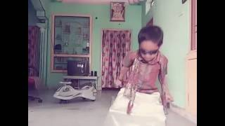 Kid dance on Sardar Gabbar Singh song