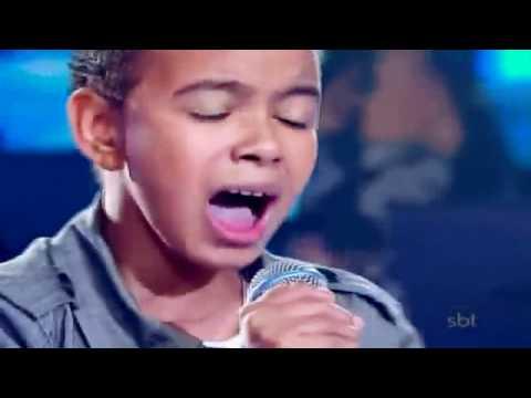 Niño brasileño con una voz como la de Michael Jackson Agnus Dei Jotta A. Brazil