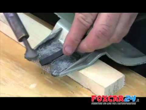 Ricostruire paraurti e altri particolari in plastica con il saldatore per plastica A760