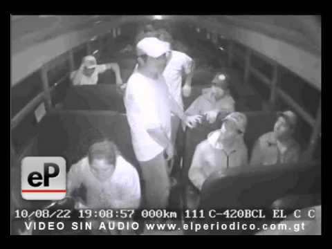 Asalto a un bus en Villanueva