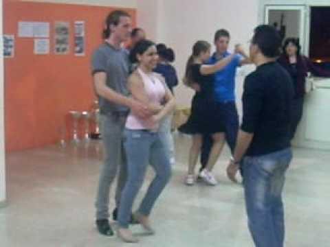 a scuola di ballo baciata .MOV