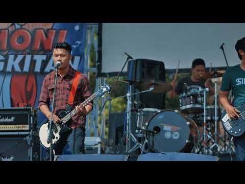 Sir Band Gusti Ayu Live