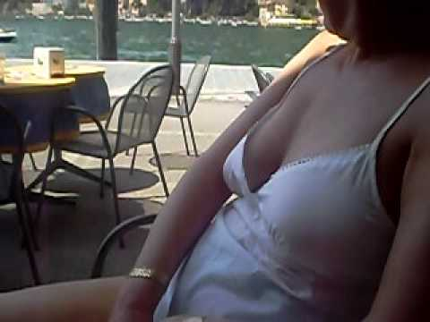 Downblouse for the waiter