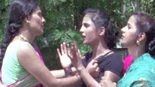 Woman Slapped By Another Woman, Bedardi Balma - Bhojpuri Scene 10/14