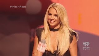 (REAL HD 1080p) Britney Spears At iHeartRadio Music Festival 2013 Presenting Miley Cyrus