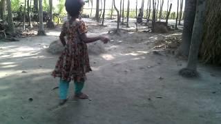 Bangladeshi Village Girl's Dance........!!!