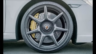 จากผ้ามาเป็นล้อ! ชมการผลิตล้อคาร์บอนไฟเบอร์ สำหรับ Porsche 911 Turbo S Exclusive Series