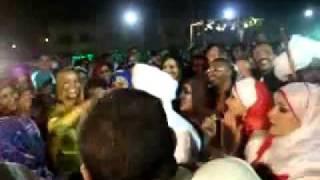 عندما يرقص الرئيس // عمر البشير وزوجته وداد